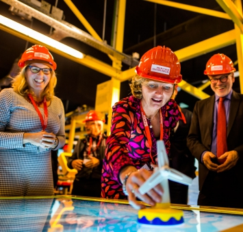 Shell Netherlands president-director opens Rotterdam's Offshore Experience